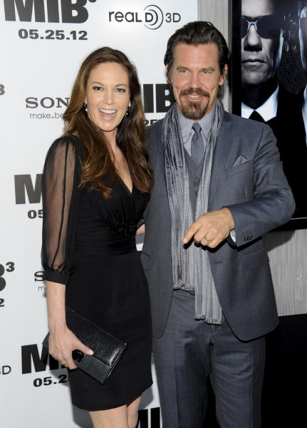"""Actor Josh Brolin and wife Diane Lane arrive at the premiere of """"Men in Black 3"""" at the Ziegfeld Theater on Wednesday May 23, 2012 in New York. (Photo by Evan Agostini/Invision/AP)"""