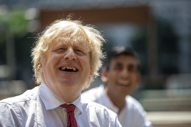 British Prime Minister Boris Johnson and Chancellor Rishi Sunak visit Pizza Pilgrims in West India Quay, London Docklands on June 26, 2020 in London, England. Photo: Heathcliff O'Malley - WPA Pool/Getty Images