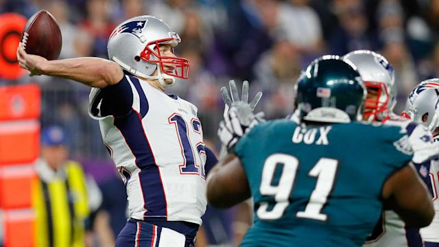 NFL picks, predictions against spread for Week 11: Patriots edge Eagles, Bears upend Rams, Cowboys top Lions