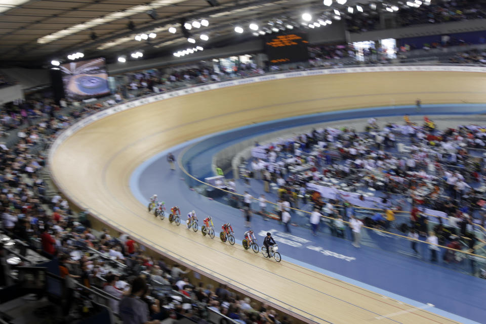 Cyclists compete in the Women's Keirin Qualifying Race in the UCI Track Cycling World Cup at the Olympic Velodrome in London February 19, 2012. REUTERS/Cathal McNaughton