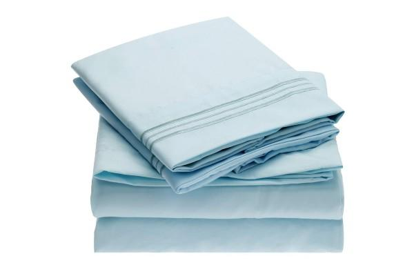 Mellanni Sheet Set Brushed Microfiber 1800 Bedding. (Photo: Amazon)