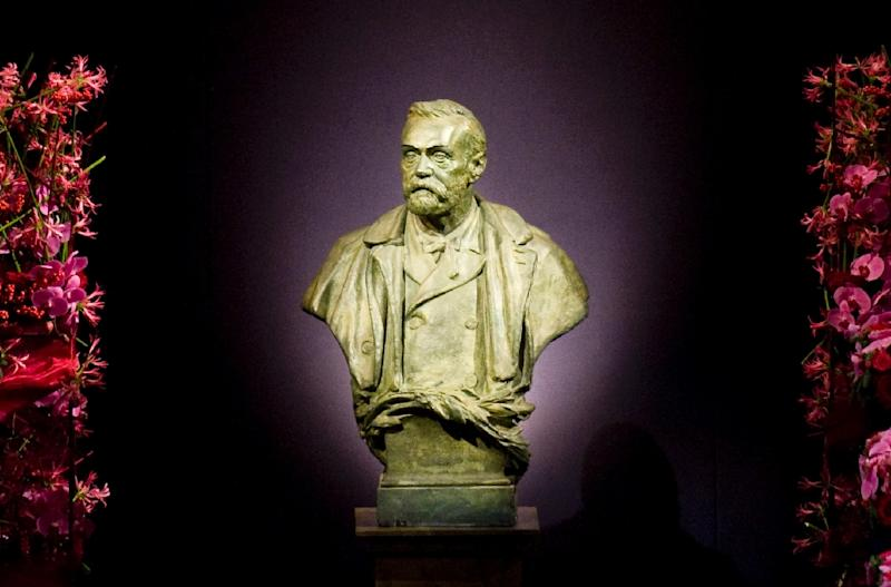 The statue representing Swedish industrialist Alfred Nobel at the Stockholm Concert Hall in Stockholm (AFP Photo/Jonathan Nackstrand)