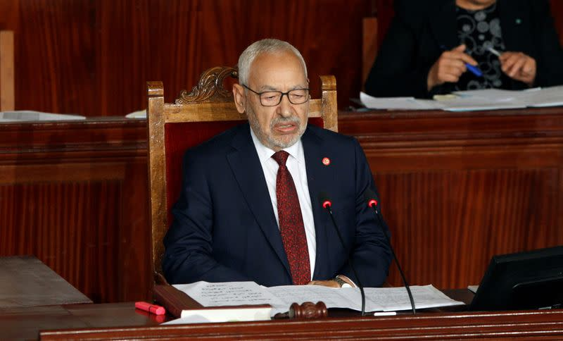 Tunisian parties seek to oust parliament speaker, Islamists want new government