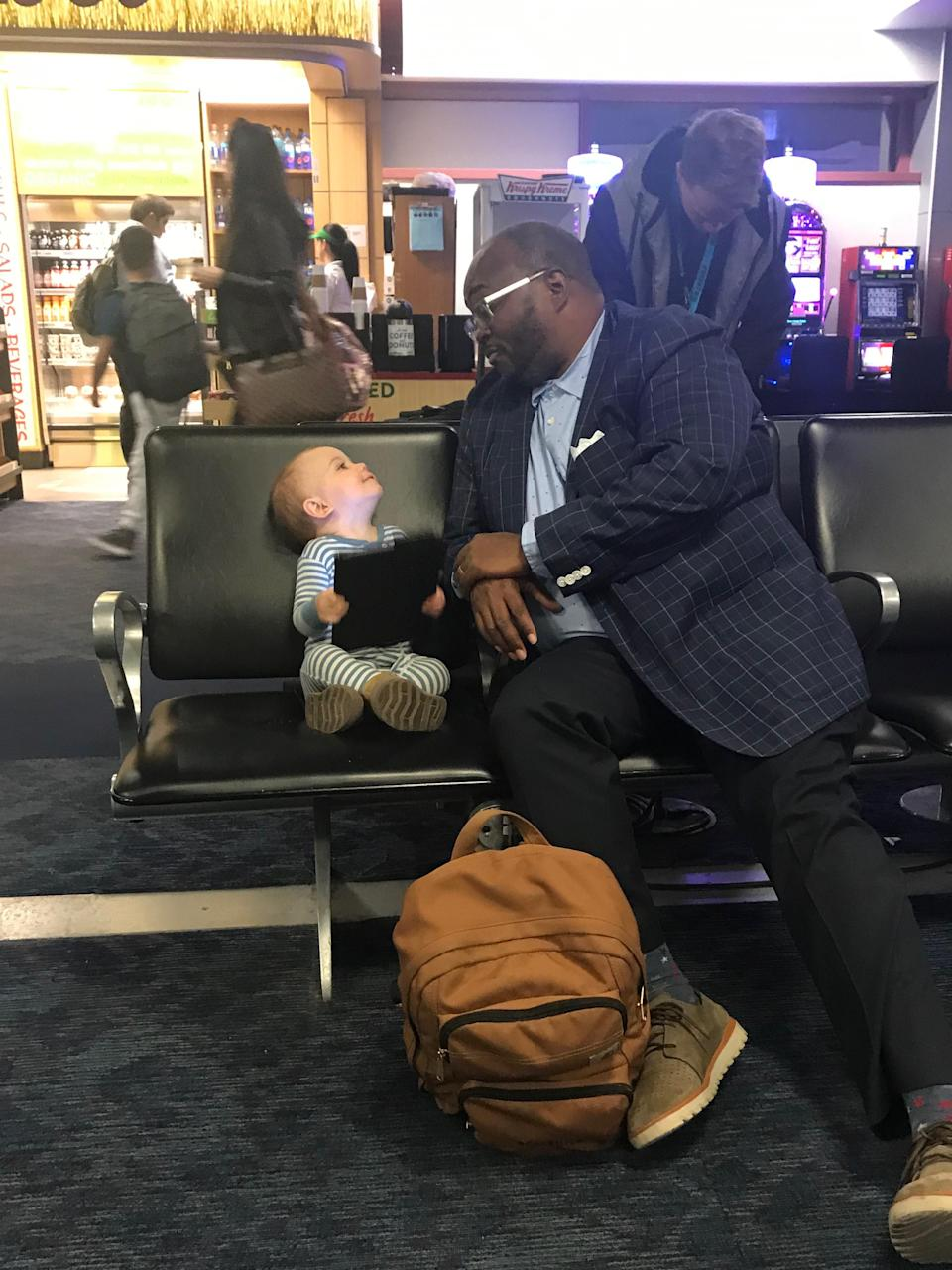 Kevin Armentrout said a total stranger at the airport befriended his young daughter. (Photo: Courtesy of Kevin Armentrout)