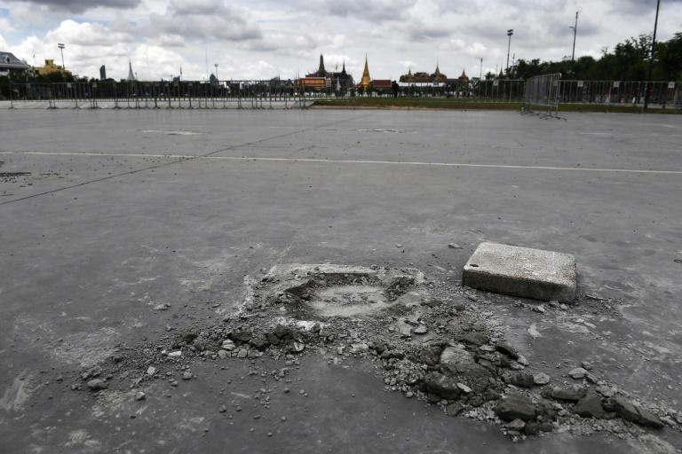 A plaque installed on the weekend by pro-democracy activists in Bangkok's historic Sanam Luang field had been removed by Monday