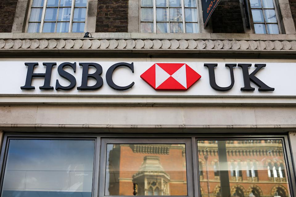 LONDON, UNITED KINGDOM - 2019/11/16: An exterior view of HSBC UK bank at King's Cross in London. (Photo by Dinendra Haria/SOPA Images/LightRocket via Getty Images)
