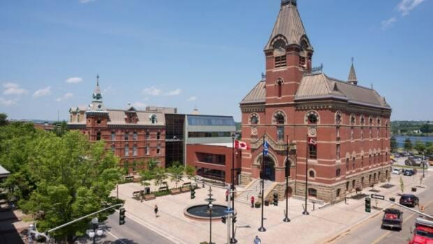 Fredericton city council approved the vaccination and testing policy at a special noontime meeting Thursday. (City of Fredericton - image credit)