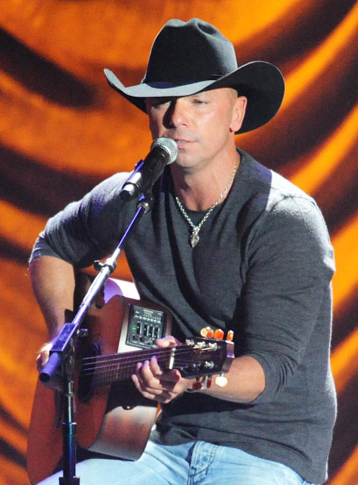 "Kenny Chesney performs at the ""A Decade of Difference"" concert on October 15, 2011, at the Hollywood Bowl, Los Angeles. <br><br>(Photo by Stephanie Cabral/Yahoo!)<br><br><a href=""http://news.yahoo.com/blogs/the-difference/clinton-concert-video-watch-kenny-chesney-perform-163143257.html"">Watch Kenny Chesney's entire performance</a>"