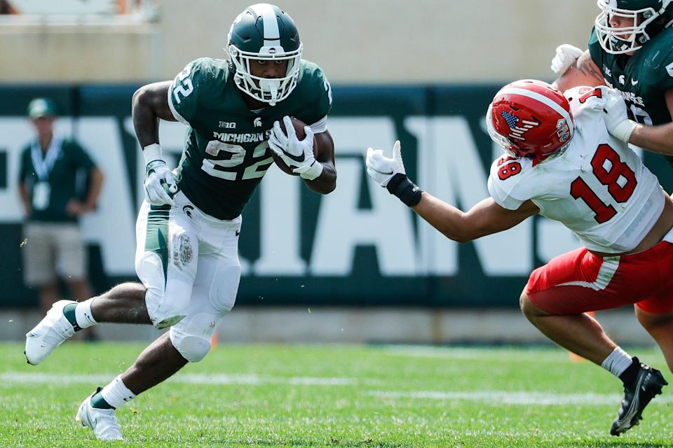 Michigan State running back Jordon Simmons (22) runs against Youngstown State during the first half at Spartan Stadium in East Lansing on Saturday, Sept. 11, 2021.