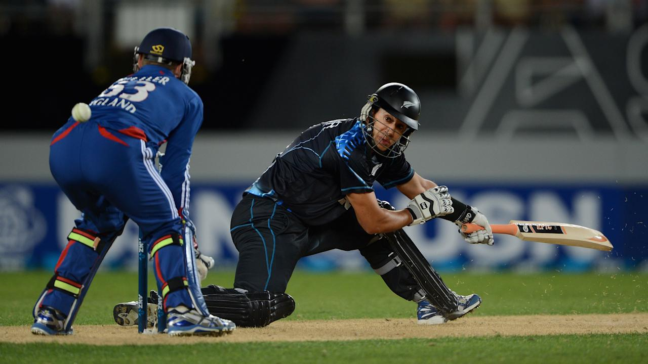 AUCKLAND, NEW ZEALAND - FEBRUARY 09:  Ross Taylor of New Zealand hits past England wicketkeeper Jos Buttler during the 1st T20 International between New Zealand and England at Eden Park on February 9, 2013 in Auckland, New Zealand.  (Photo by Gareth Copley/Getty Images)