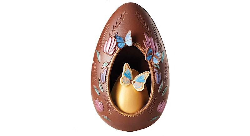 Exquisite Flutter & Bloom Egg
