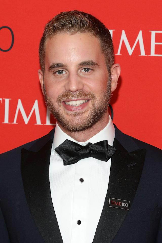 """<p>Ben Platt recently wrapped up his Tony-winning run in Broadway's <strong>Dear Evan Hansen</strong>, but that's not the first time the 25-year-old's voice has gotten attention - he also starred as Benji in <strong>Pitch Perfect</strong>. Needless to say, Murphy's choice to cast him as the titular """"politician,"""" wealthy high school student Payton Hobart, in his new show is pretty genius.</p>"""
