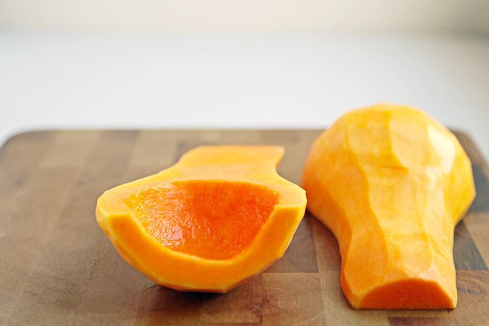 <p>After you've thoroughly scraped the inside of the squash, the center should be smooth, with no stringy pulp whatsoever.</p>