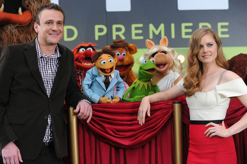 """<a href=""""http://movies.yahoo.com/movie/contributor/1800019331"""">Jason Segel</a> and <a href=""""http://movies.yahoo.com/movie/contributor/1800018895"""">Amy Adams</a> at the Los Angeles premiere of <a href=""""http://movies.yahoo.com/movie/1810188975/info"""">The Muppets</a> on November 12, 2011."""