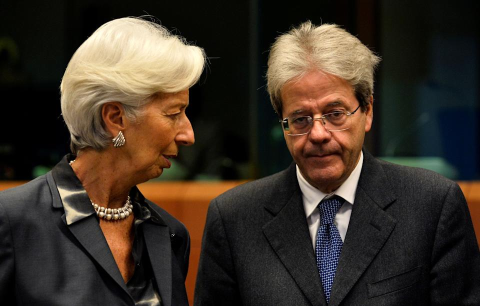 European Central Bank (ECB) President Christine Lagarde talks to European Economy Commissioner Paolo Gentiloni as they attend an Eurozone Finance Ministers meeting in Brussels, Belgium January 20, 2020.  REUTERS/Johanna Geron REFILE-CORRECTING TITLE (Photo: Johanna Geron / Reuters)