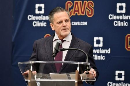 Cavs owner Gilbert finally home after stroke
