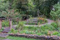 <p><strong>ARTISAN GARDEN | Award: SILVER</strong></p><p>Designed by Adam Woolcott & Jonathan Smith, the garden illustrates the journey of somebody with sight loss and celebrates 90 years of Guide Dogs for the Blind Association.</p>
