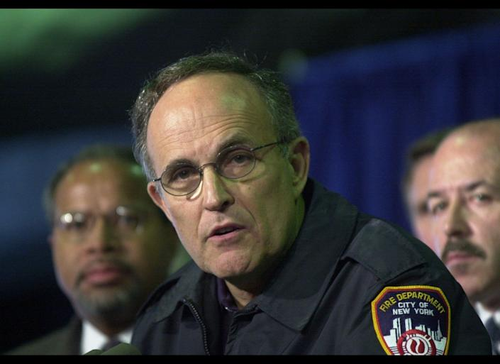 "New York City Mayor Rudy Giuliani <a href=""http://www.nysm.nysed.gov/wtc_timeline/zoomify.html"" target=""_hplink"">ordered</a> an evacuation of lower Manhattan at 11:02 a.m., alerting everyone south of Canal Street to get out."