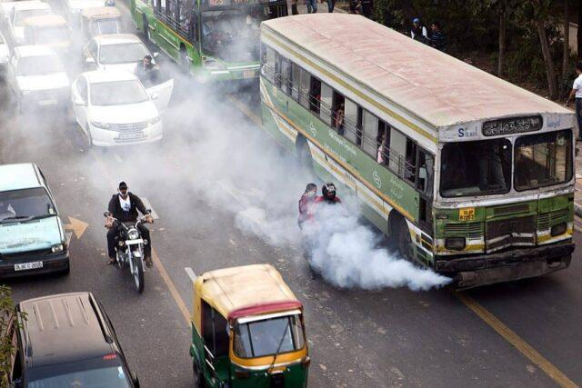 Old vehicles contribute to air pollution