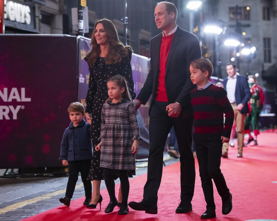 <p>The Duke and Duchess of Cambridge with their children, Prince Louis, Princess Charlotte and Prince George at the theatre in 2020. (Aaron Chown - WPA Pool/Getty Images)</p>