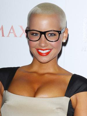 <p>American model, actress and socialite most well known for her high-profile relationship with Kanye West in 2010.</p>