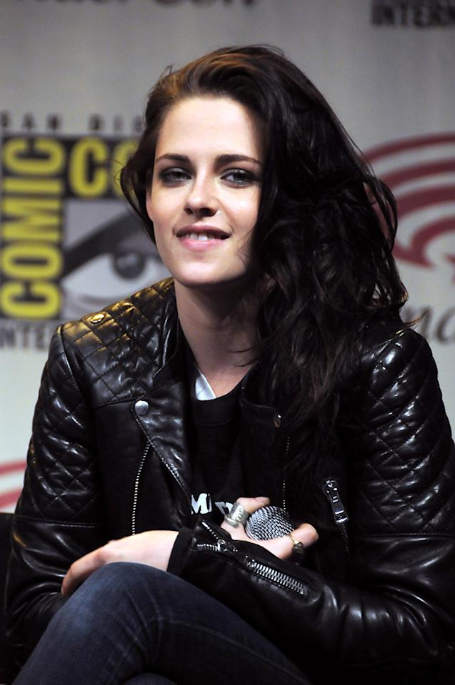 "Kristen Stewart attends the ""Snow White and the Huntsman"" conference at WonderCon 2012 - Day 1 at Anaheim Convention Center on March 17, 2012 in Anaheim, California."