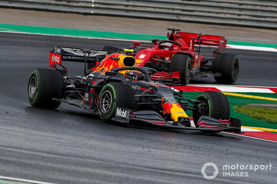 "Alex Albon, Red Bull Racing RB16, Sebastian Vettel, Ferrari SF1000<span class=""copyright"">Steven Tee / Motorsport Images</span>"