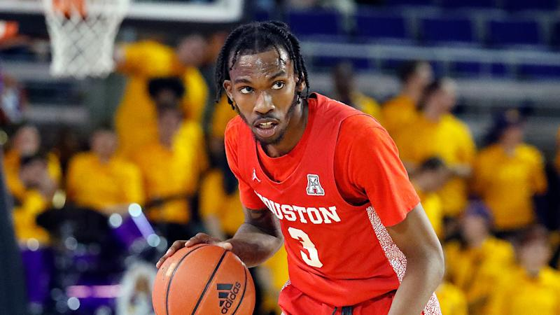 Houston's DeJon Jarreau (3) moves the ball against East Carolina during the second half of an NCAA college basketball game in Greenville, N.C., Wednesday, Jan. 29, 2020. (AP Photo/Karl B DeBlaker)
