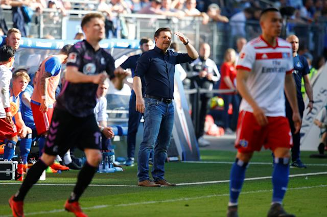 Soccer Football - Bundesliga - Hamburger SV vs SC Freiburg - Volksparkstadion, Hamburg, Germany - April 21, 2018 Hamburger SV coach Christian Titz REUTERS/Morris Mac Matzen DFL RULES TO LIMIT THE ONLINE USAGE DURING MATCH TIME TO 15 PICTURES PER GAME. IMAGE SEQUENCES TO SIMULATE VIDEO IS NOT ALLOWED AT ANY TIME. FOR FURTHER QUERIES PLEASE CONTACT DFL DIRECTLY AT + 49 69 650050