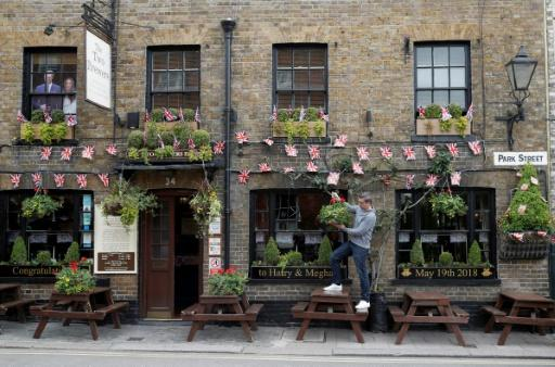 Pubs across Britain hosted royal wedding parties