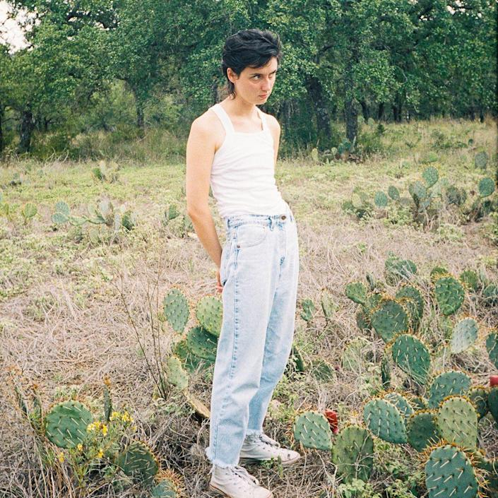<p>The Texan singer-songwriter is largely soft-spoken and soft-strummed, until she isn't, which makes the building high on this slow-burner so much higher.</p>