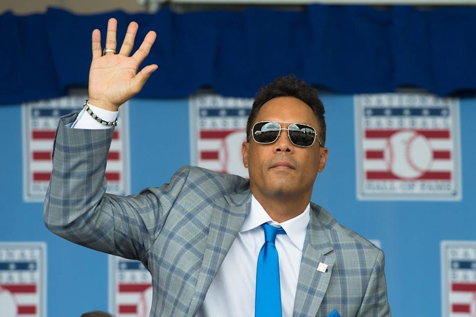 Roberto Alomar at the Baseball Hall of Fame induction ceremony in 2014.