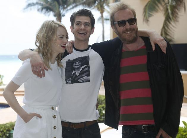Emma Stone, Andrew Garfield and Rhys Ifans attend 'The Amazing Spiderman' photo call at Summer of Sony 4 Spring Edition held at the Ritz Carlton Hotel in Cancun, Mexico on April 16, 2012  -- Getty Images