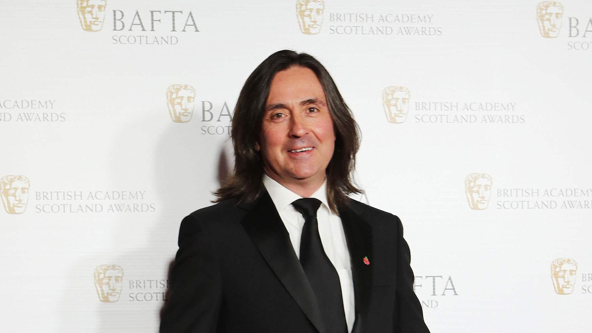 Neil Oliver becomes latest GB News recruit
