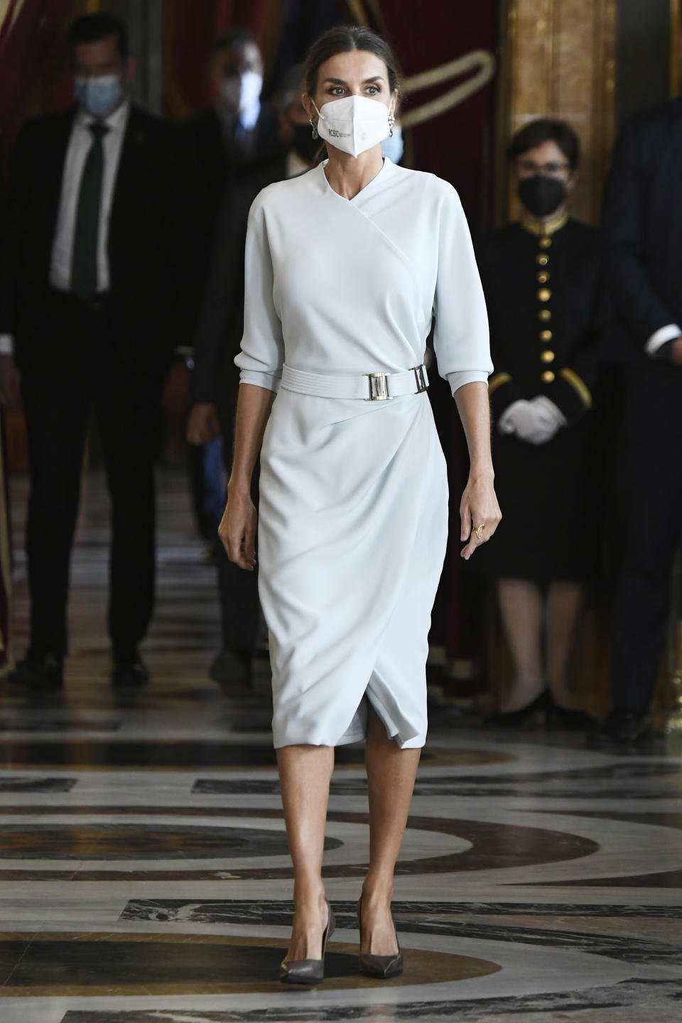 MADRID, SPAIN - OCTOBER 12: Queen Letizia of Spain attends a reception during the National Day at the Royal Palace on October 12, 2021 in Madrid, Spain. (Photo by Carlos Alvarez/Getty Images)