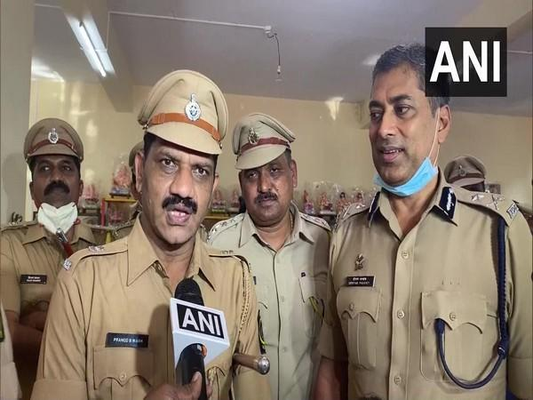 SP Pramod Wagh (left) and Police Commissioner Deepak Pandey (right) (Photo/ANI)