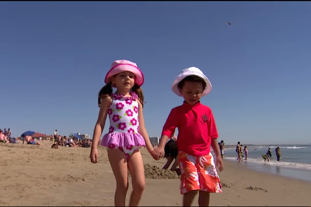 Jimmy Kimmel's 'Baby Bachelorette' Goes to the Beach for Destination Date (Video)