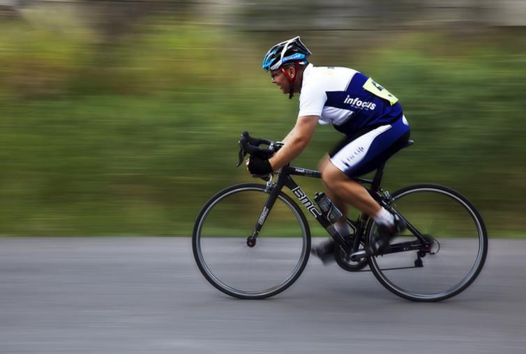 """<span class=""""caption"""">A cyclist from the Rockhampton Cycling Club.</span> <span class=""""attribution""""><a class=""""link rapid-noclick-resp"""" href=""""https://www.flickr.com/photos/rexboggs5/6777972313/"""" rel=""""nofollow noopener"""" target=""""_blank"""" data-ylk=""""slk:Rex Boggs/Flickr"""">Rex Boggs/Flickr</a>, <a class=""""link rapid-noclick-resp"""" href=""""http://creativecommons.org/licenses/by-nd/4.0/"""" rel=""""nofollow noopener"""" target=""""_blank"""" data-ylk=""""slk:CC BY-ND"""">CC BY-ND</a></span>"""