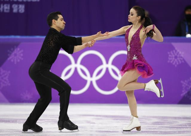Figure Skating - Pyeongchang 2018 Winter Olympics - Ice Dance short dance competition - Gangneung Ice Arena - Gangneung, South Korea - February 19, 2018 - Anna Cappellini and Luca Lanotte of Italy perform. REUTERS/Phil Noble