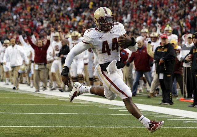 Boston College running back Andre Williams jogs into the end zone for a touchdown in the first half of an NCAA college football game against Maryland in College Park, Md., Saturday, Nov. 23, 2013. (AP Photo/Patrick Semansky)