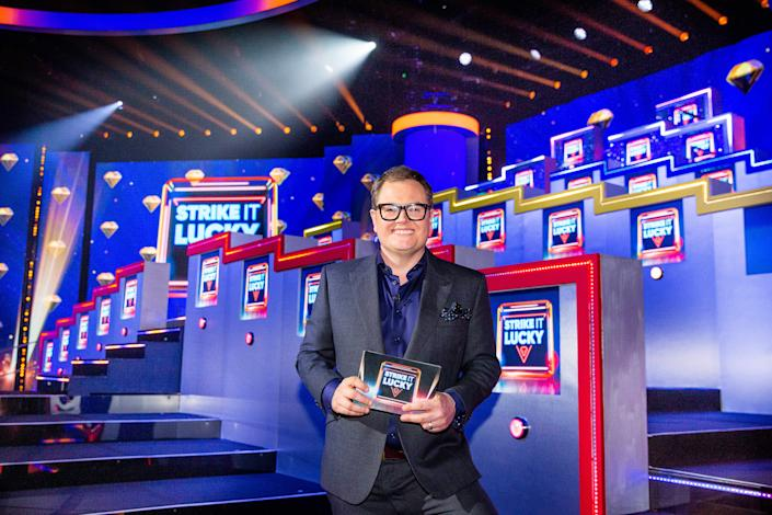 Alan Carr's Epic Gameshow: SR2: Ep5: Strike It Lucky on ITV  Pictured: Alan Carr.  (Talkback)