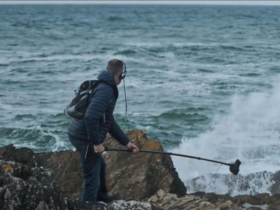 Music made from sounds of Cornish sea created to raise money to tackle plastic pollution