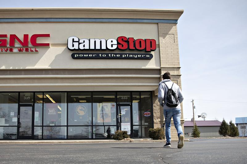 GameStop Plummets After Struggling Chain Delivers a Grim Forecast