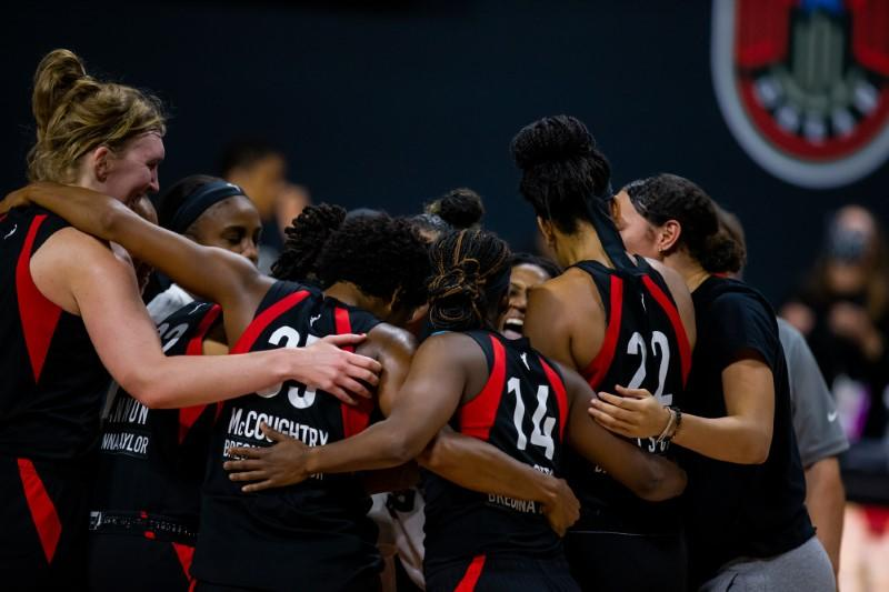 Wilson, Aces rally past Sun, advance to WNBA Finals
