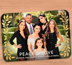 """The Richards-Umansky crew — Maurico, Kyle, Farrah, Alexia, Sophia, and Portia — are wishing you """"peace and love"""" this holiday season. 'Cause let's face it: there's enough drama on the <em>Real Housewives of Beverly Hills</em> star's show. P.S.: She also cashed in on the card. (Photo: K<a href=""""https://www.instagram.com/p/BcIxu-lAGT3/?hl=en&taken-by=kylerichards18"""" rel=""""nofollow noopener"""" target=""""_blank"""" data-ylk=""""slk:yle Richards via Instagram"""" class=""""link rapid-noclick-resp"""">yle Richards via Instagram</a>)"""