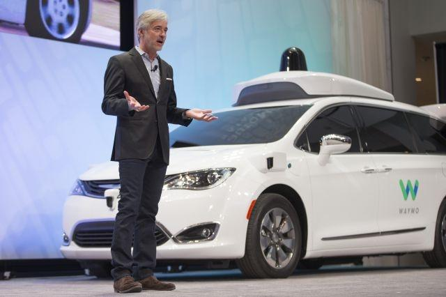 Lyft, Waymo to cooperate on self-driving cars