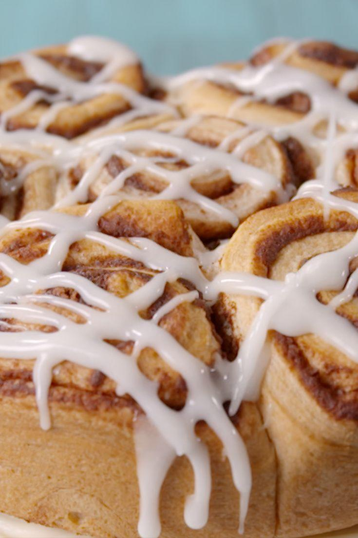 "<p>Whether you eat this for brunch or dessert, cinnamon roll cake is a must.</p><p>Get the recipe from <a href=""https://www.delish.com/cooking/recipes/a48571/best-cinnabun-cake-recipe/"" rel=""nofollow noopener"" target=""_blank"" data-ylk=""slk:Delish"" class=""link rapid-noclick-resp"">Delish</a>. </p>"