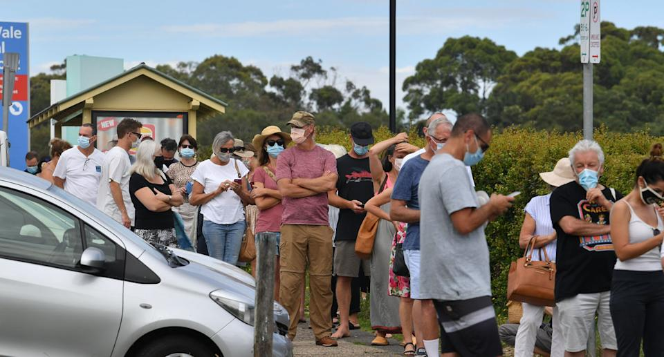 Northern Beaches residents rushed to get tested on Thursday. Source: AAP