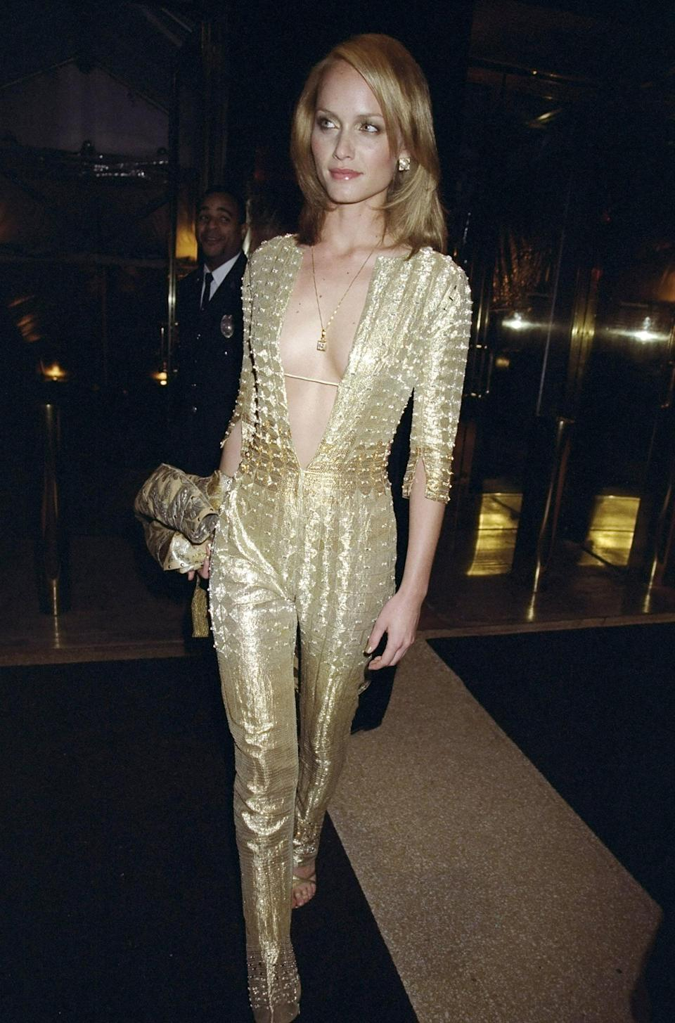 """<h1 class=""""title"""">Amber Valetta in Versace, 1999</h1><cite class=""""credit"""">Photo: Getty Images</cite>"""