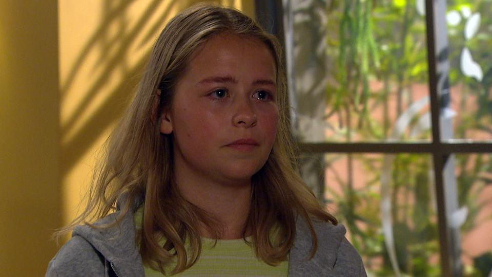 FROM ITV  STRICT EMBARGO  Print media - No Use Before Tuesday 17th August 2021 Online Media - No Use Before 0700 Tuesday 17th August 2021  Emmerdale - Ep 9135  Wednesday 25th August 2021  Liv Flaherty [ISOBEL STEEL] breaks down in front of a concerned Laurel Thomas [CHARLOTTE BELLAMY] who does her best to advise her.   Picture contact David.crook@itv.com   This photograph is (C) ITV Plc and can only be reproduced for editorial purposes directly in connection with the programme or event mentioned above, or ITV plc. Once made available by ITV plc Picture Desk, this photograph can be reproduced once only up until the transmission [TX] date and no reproduction fee will be charged. Any subsequent usage may incur a fee. This photograph must not be manipulated [excluding basic cropping] in a manner which alters the visual appearance of the person photographed deemed detrimental or inappropriate by ITV plc Picture Desk. This photograph must not be syndicated to any other company, publication or website, or permanently archived, without the express written permission of ITV Picture Desk. Full Terms and conditions are available on  www.itv.com/presscentre/itvpictures/terms